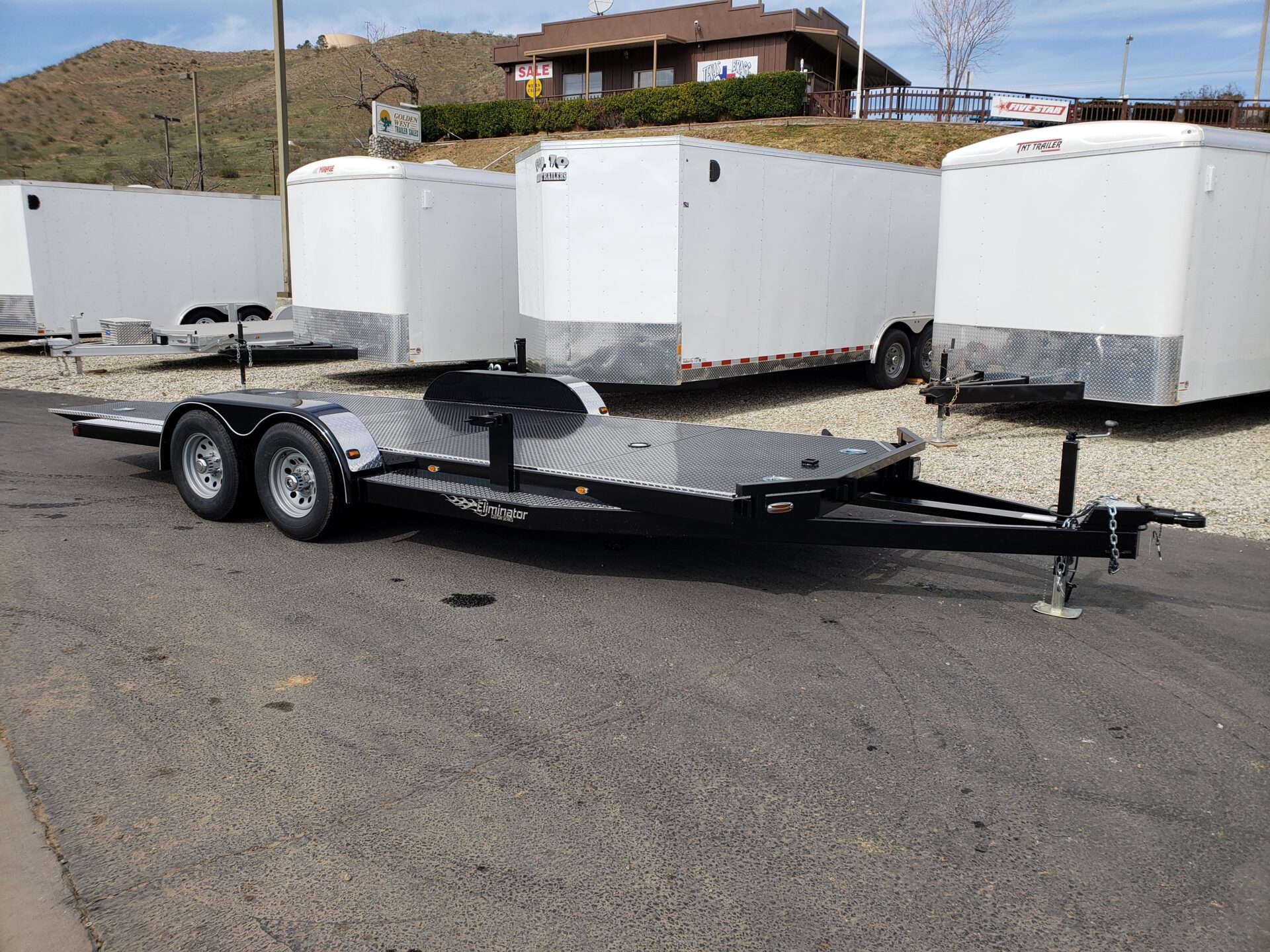 Eliminator 10K Tilt Hauler - Passenger side front 3/4 view