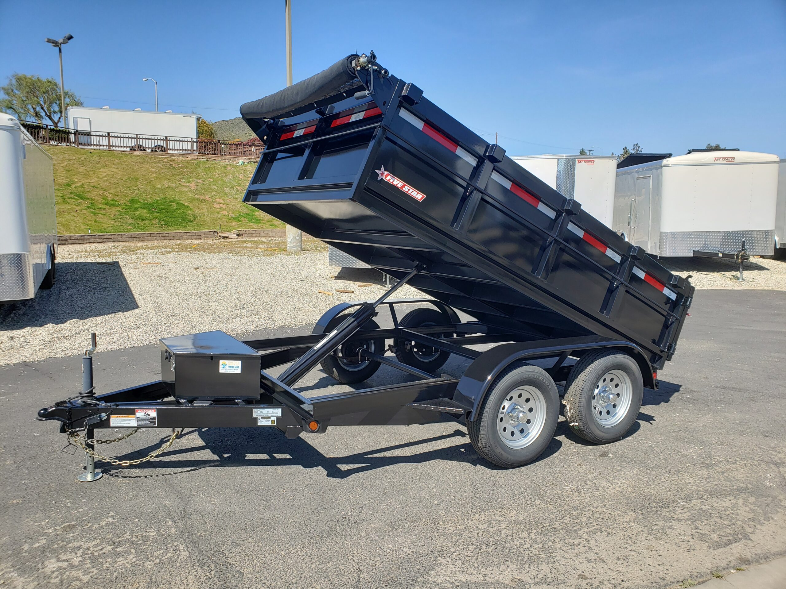 Five Star 6.5x10 7k Dump2ft - Passenger side front 3/4 view dump bed up