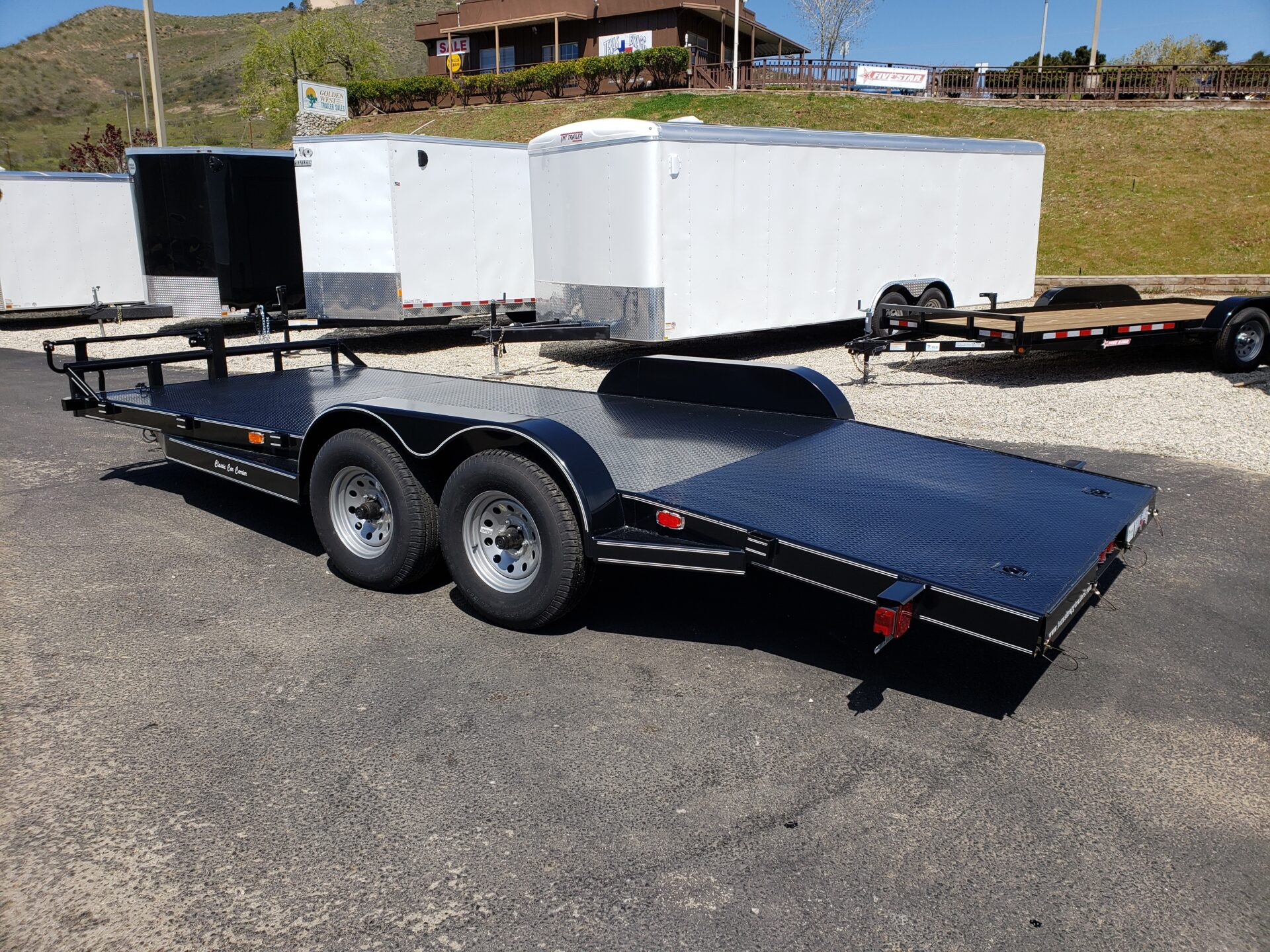 Texas Bragg 20ft Car Carrier - Driver side rear 3/4 view