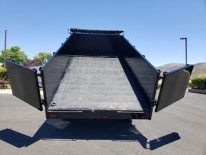 Pre-Owned Snake River G/N Dump - Rear view bed up