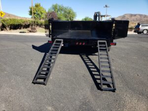 Snake River 7x14 Dump 2ft/SG - Rear view bed down ramps deployed