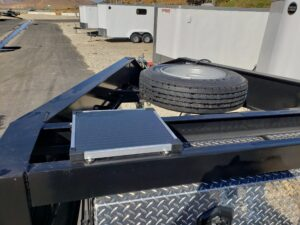 Pre-Owned Pratt Drop Deck - View of solar panel and spare