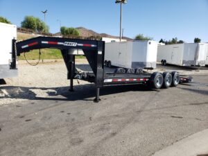 Pre-Owned Pratt Drop Deck - Driver side front 3/4 view deck down