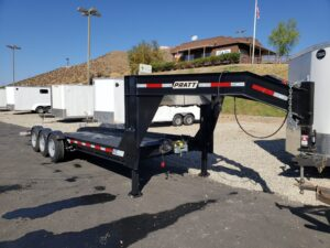 Pre-Owned Pratt Drop Deck - Passenger side front 3/4 view