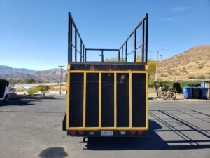 Pre-Owned Apache Utility - Rear view ramp up