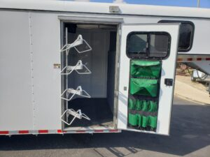 Maverick 4-Horse Highside G/N - Looking at saddle rack and tack room